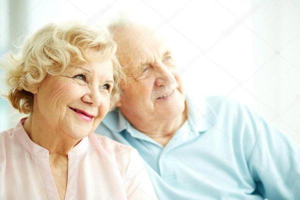 רותם חיתולים למבוגרים זוג מבוגר